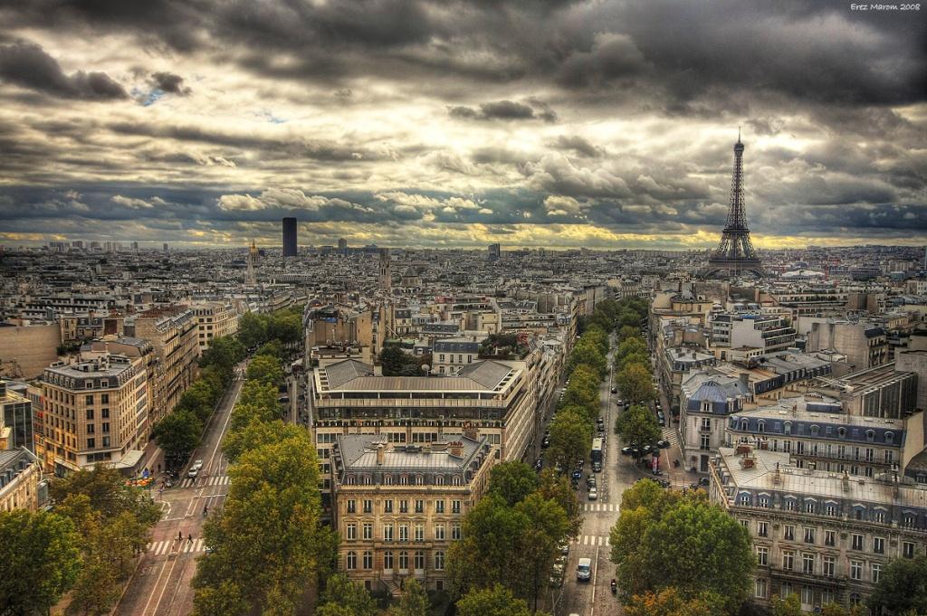 Old_Paris_by_erezmarom
